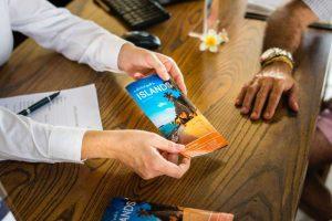 Quels types de cartes de visite commander à son imprimeur professionnel ?