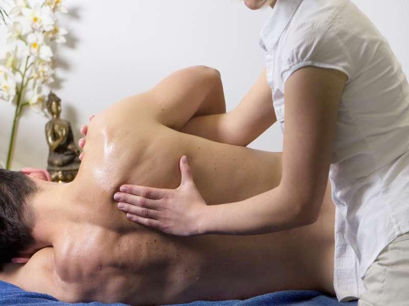 La différence entre les traitements par massage thérapeutiques et massage de relaxation