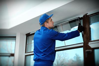 Réparation d'une fenêtre cassée : contactez un professionnel