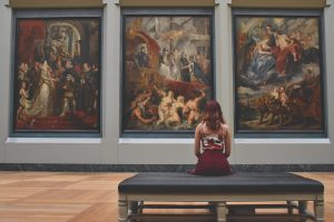 Les galeries servent de nœuds d'influence clés dans le monde de l'art
